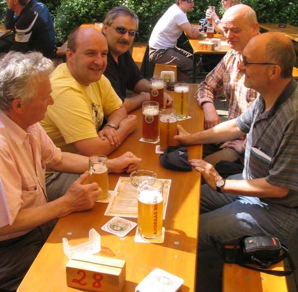 Stärkung nach dem Spiel gegen Eggenstein im Andreasbräu